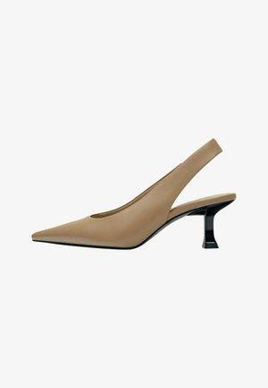 Klassieke pumps - light brown