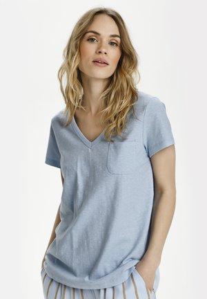 KANOLIA - Basic T-shirt - chambray blue