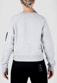 MOROTAI - Sweatshirt - light grey - 2