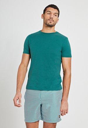 ROBBERT SOFT SOLID - Basic T-shirt - pine green