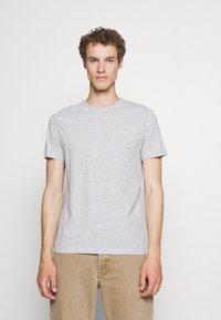 Pier One - 5 PACK - Basic T-shirt - black/white - 3