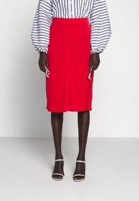 Filippa K - MARGARET SKIRT - Pouzdrová sukně - red orange - 0
