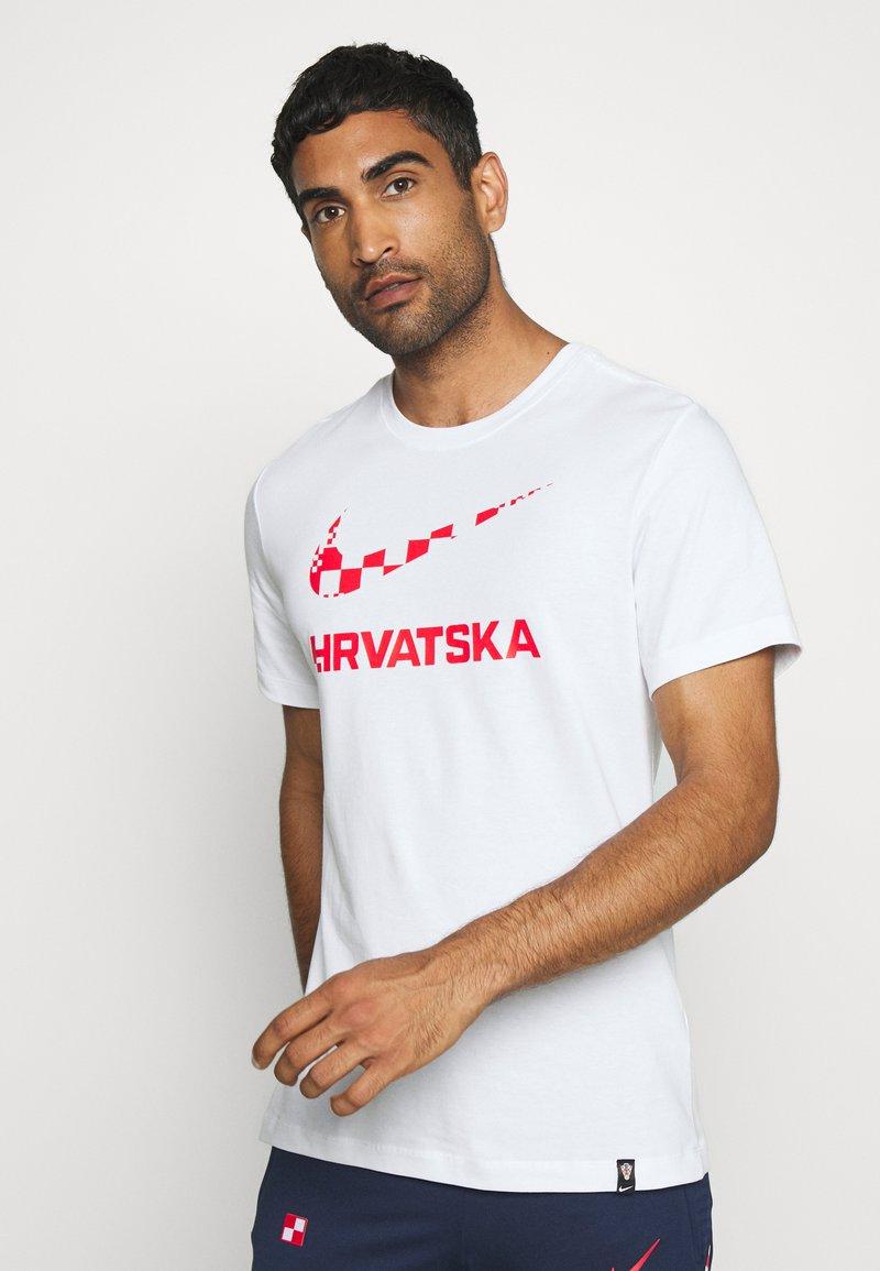 Nike Performance - KROATIEN CRO TEE GROUND - Voetbalshirt - Land - white