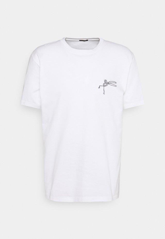 THAMES TEE - Print T-shirt - white