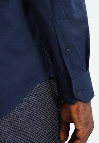 Tommy Hilfiger Tailored - SLIM FIT - Kostymskjorta - blue - 4