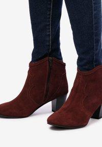 Eva Lopez - BOTTINES - Cowboy/biker ankle boot - bordeaux - 0