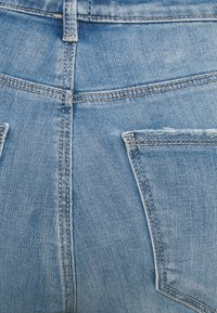 Vero Moda Curve - VMSOPHIA - Jeans Skinny Fit - light blue denim - 2