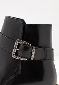 Pinto Di Blu - Classic ankle boots - noir - 2