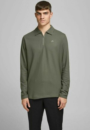 Polo - dusty olive