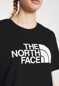 The North Face - CROPPED EASY TEE  - Print T-shirt - black - 3