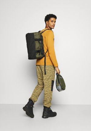 BASE CAMP  - Sporttasche - olive/black