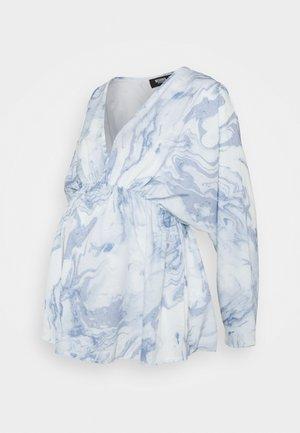 MARBLE PRINT KIMNO SLEEVE TOP - Button-down blouse - blue
