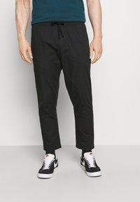 GAP - EASY PANT - Spodnie materiałowe - moonless night - 0