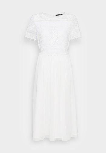 Koktejlové šaty/ šaty na párty - ivory
