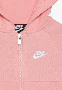 Nike Sportswear - PANT BABY SET - Träningsset - echo pink - 5