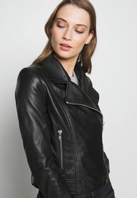 DRYKORN - PAISLY - Leather jacket - black - 3