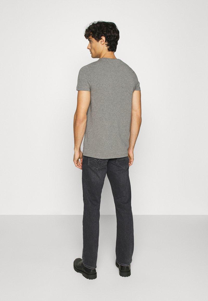 Mustang OREGON - Jeans Straight Leg - grey denim YsPruc