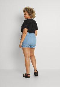 Missguided Plus - PAPERBAG WAIST - Shorts - blue - 2