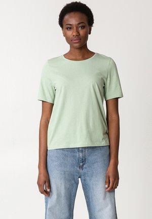 MATHILDA - Basic T-shirt - green