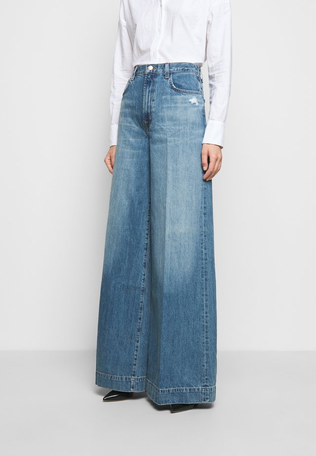 THELMA HIGH RISE SUPER WIDE LEG - Relaxed fit jeans - senska raze