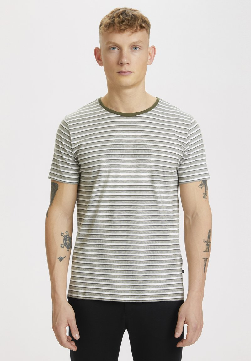 Matinique - Print T-shirt - olive night