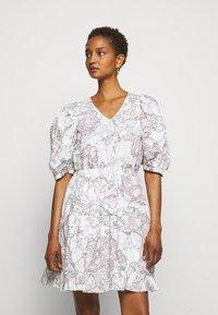 Bruuns Bazaar - POSY OLIVINE DRESS - Day dress - snow white - 0