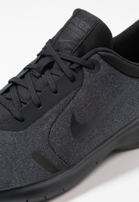 Nike Performance - FLEX EXPERIENCE RN  - Trainers - black/anthracite/dark grey - 5