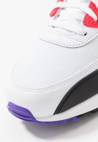 Nike Sportswear - AIR MAX 90 ESSENTIAL - Trainers - white/red orbit/psychic purple/black - 5
