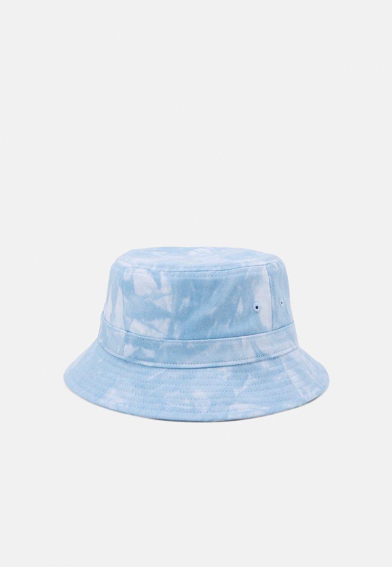 Only & Sons - ONSHARRY TIE DYE BUCKET HAT UNISEX - Hat - light blue