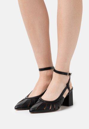MAIYA - Klassiske pumps - black