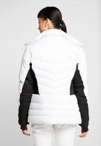 Kjus - WOMEN DUANA JACKET - Ski jacket - white/black - 2