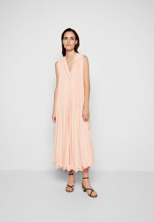 3-TIER PLEATED V NECK DRESS - Cocktail dress / Party dress - peach