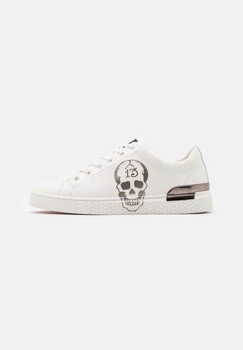 LUCKY  - Trainers - white/gunmetal