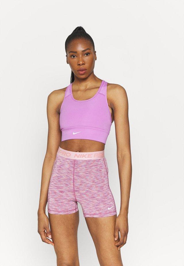 LONG LINE BRA - Medium support sports bra - violet shock/white