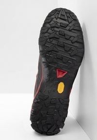Mammut - DUCAN MID GTX - Hiking shoes - dark spicy-black - 4