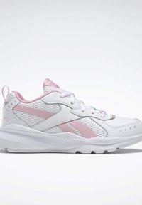 Reebok - SPRINTER  - Chaussures de running neutres - white - 3