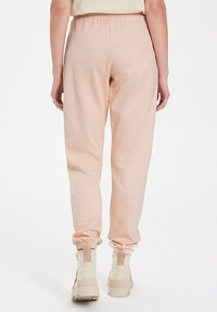 WESTMARK LONDON - Tracksuit bottoms - peachy keen - 2