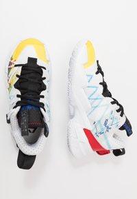 Jordan - WHY NOT ZER0.3 SE UNISEX - Basketbalové boty - white/university red/black/hyper blue/lightening/blue glow - 0