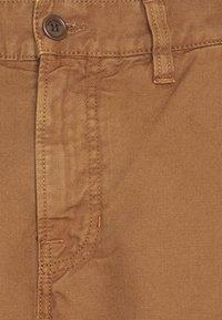 Nudie Jeans - LAZY LEO - Tygbyxor - cinnamon - 2