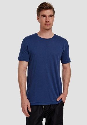 Ordinary Truffle - Basic T-shirt - new navy