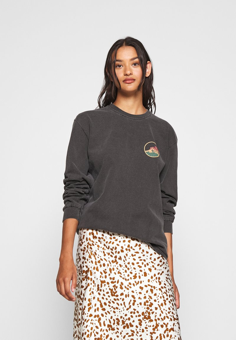 BDG Urban Outfitters - SKATE GRAPHIC TEE - Long sleeved top - washed black