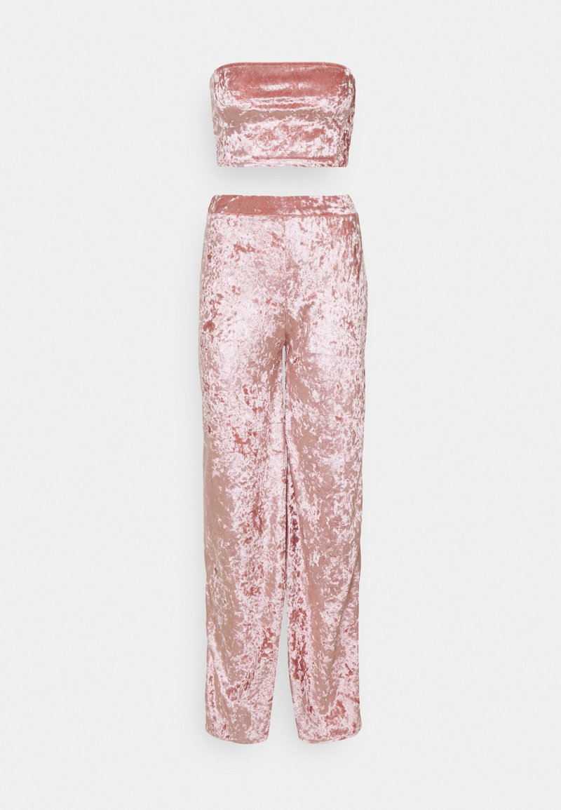 Missguided Petite - CRUSHED BANDEAU AND TROUSER - Broek - blush