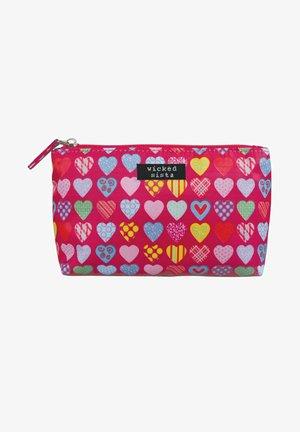 HEARTS - Wash bag - pink