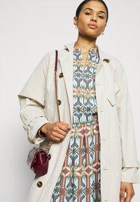 Tory Burch - GARDEN MAZE - Day dress - multi-coloured - 3