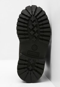 Timberland - TODDLER MONOCHROMATIC - Baby shoes - black - 4