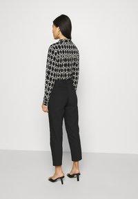 Anna Field - Smart Chino Pant - Chino kalhoty - black - 2