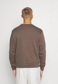 Nike Sportswear - CLUB CREW - Sweatshirt - ironstone - 2