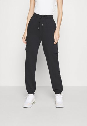 CARGO PANT LOOSE - Tracksuit bottoms - black