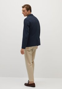 Mango - Z ERO - Blazer jacket - dunkles marineblau - 2