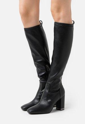 DARLENE - Kozačky na vysokém podpatku - black